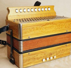 Hohner Presswood button accordion