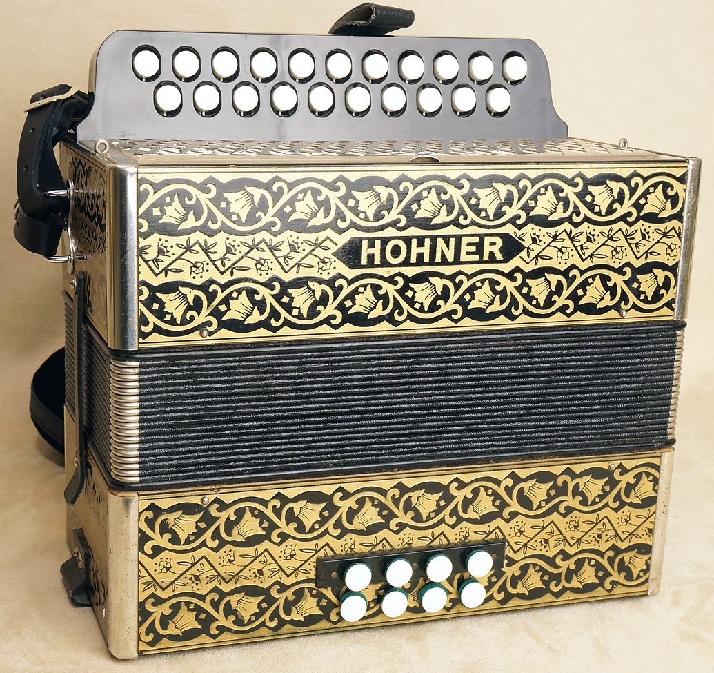 Button Accordions | Introduction to Concertinas and Accordions